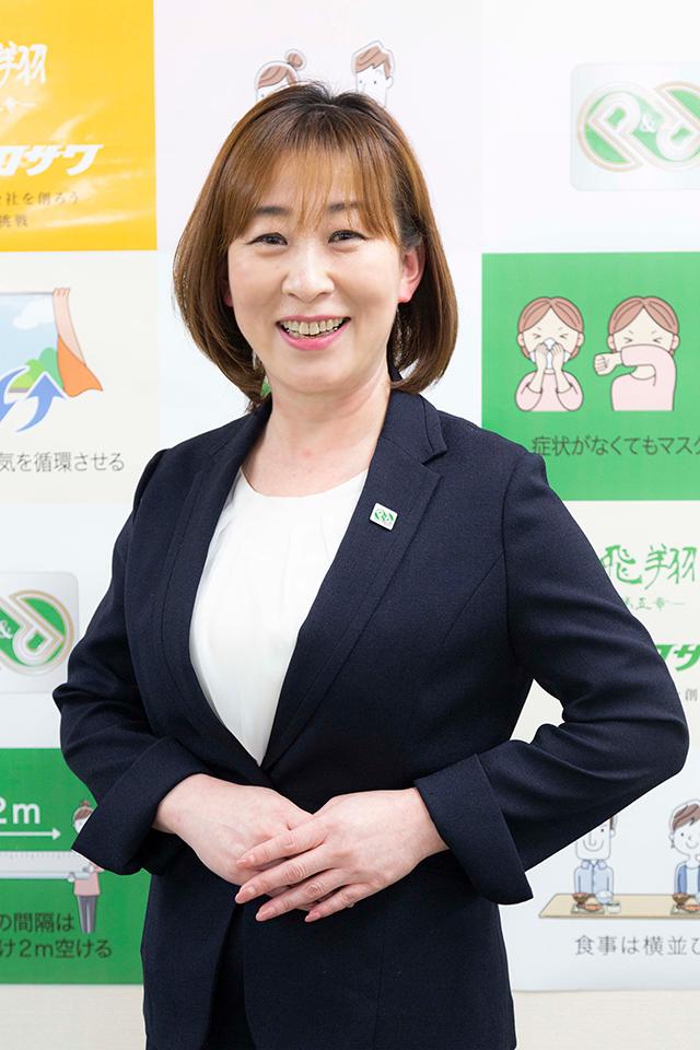 専務取締役 加藤 ゆうこ